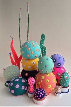 the art room plant: Adam Frezza & Terri Chiao Paper Mache Sculpture, Soft Sculpture, Sculptures, Art For Kids, Crafts For Kids, Arts And Crafts, Paper Plants, Paper Mache Crafts, Illustration Art