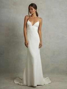 Devon by Tara Lauren (Spring 16) Minimalist Wedding Dresses, Trendy Wedding, Summer Wedding, Dream Wedding, Minimal Wedding Dress, Casual Wedding, Wedding Simple, Party Wedding, Bridal Dresses