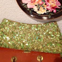 🍂Clutch purse Fun sequin (vintage looking) brand new clutch Bags Clutches & Wristlets