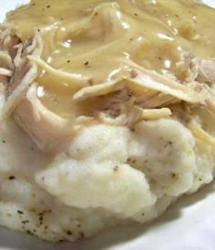 Simple Crock Pot Chicken and Gravy 3 chicken breasts, chicken broth, pkg chicken gravy. Cook on low hrs. Serve over potatoes or rice. Simple Crock Pot Chicken and Gravy… Crock Pot Food, Crockpot Dishes, Crockpot Recipes, Crock Pots, Simple Crockpot Chicken Recipes, Chicken Broth Recipes, Grilling Recipes, Good Food, Yummy Food