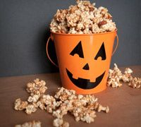 Great Halloween treat ideas: Homemade Caramel Corn and Chocolate or Caramel Dipped Apples