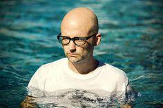 Una selección de 4 horas de música de Moby para meditar, relajarnos y evitar ataques de pánico (DESCARGA)