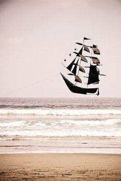 Ship Kite.