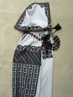Kimono Sewing Pattern, Sewing Patterns, Blackwork, Folk Costume, Costumes, Folk Fashion, Cross Stitching, Needlework, Arts And Crafts