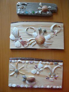 気を取り直して。 貝殻を使った飾り板を作ってみました。 中央が息子作。 下が娘作です。 どちらも程よい流木がなかったため、購入した板に二スを塗り使用。 ちなみに一番上のはワタクシ作でございます。 流木を使いました。 紐を付けて壁掛けにするか...