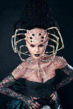 Makeup demonstration for Cinema Makeup School at Monsterpalooza.: