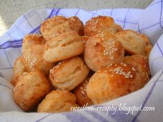 Pretzel Bites, Muffin, Bread, Breakfast, Food, Basket, Morning Coffee, Brot, Essen