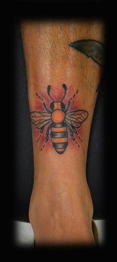 old school bee tattoo