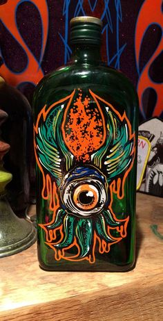 1 shot enamels, hand painted Bottle Painting, Bottle Art, Painted Signs, Hand Painted, Custom Motorcycle Paint Jobs, Pinstripe Art, Pinstriping Designs, Sign Writing, Custom Candy