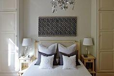 Английский дизайнер Франсис Султана оформил в Лондоне роскошный особняк для пары любителей искусства из Болгарии.