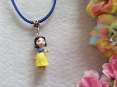 10 Snow White Figure Necklaces Party favors by ArtBows on Etsy