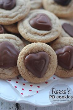 Reese's Peanut butter Valentine cookies on iheartnaptime.com ... so cute and yummy!