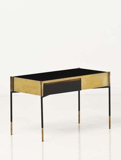 Ico Parisi; Brass and Lacquered Wood Side Table, c1960.