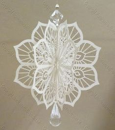 3d Paper Crafts, Christmas Projects, Diy Paper, Christmas Crafts, Diy Crafts, Paper Crafting, Paper Christmas Ornaments, Christmas Candles, Ornaments Making