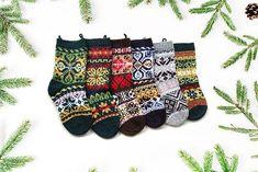 6 Norwegian christmas stockings - Knitting Patterns at Makerist Knitted Christmas Stocking Patterns, Knitted Christmas Decorations, Knitted Christmas Stockings, Christmas Crafts, Fair Isle Knitting Patterns, Knitting Designs, Knitting Projects, Knitting Books, Hand Knitting