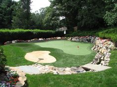 Golf Putting Greens For Backyard Fanciful Backyards Astounding Another Drainage Green Home Design 12 Home Putting Green, Outdoor Putting Green, Modern Backyard, Backyard Landscaping, Backyard Patio, Landscaping Ideas, Horticulture, Lawn Games, Gardening For Beginners