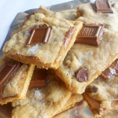 21 Camping Desserts To Make The World A Better Place   50 Campfires - (S'Mores cookies)