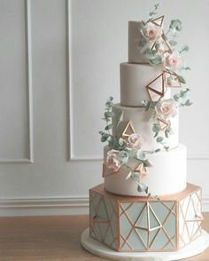gorgeous cake creations look almost too good to eat . These gorgeous cake creations look almost too good to eat . These gorgeous cake creations look almost too good to eat . Elegant Wedding Cakes, Beautiful Wedding Cakes, Gorgeous Cakes, Wedding Cake Designs, Pretty Cakes, Cute Cakes, Cake Wedding, Green Wedding Cakes, Unique Weddings