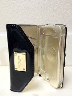 http://womendesires.getauniquegift.com/pinnable-post/luxury-designer-mk-iphone-case-wristlet-cover-wallet-pouch-handbag-purse-wallet-clutch-for-apple-iphone-4-4s-in-black/ Classic, chic and luxurious, this Michael Kors Wallet Clutch (HIGH-QUALITY NON-AUTHENTIC) case blends an iPhone 4 case and a designer wallet. When open, the clutch displays your iPhone 4 on the right and a wallet on the left. This pocketbook style with a solid side spine adds a...