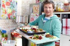 These recipes from Jamie Oliver Meals are amazingly quick to make, incredibly tasty and all about cooking something from scratch. Penne, Pasta, Mexican Pork Tacos, Cesar Salat, Chicken Laksa, Harissa Chicken, Roast Chicken, Jamie Oliver 15 Minute Meals, Pork Recipes
