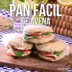 Video de Pan Fácil de Avena This rich homemade oatmeal bread is the easiest to prepare and also at home they will eat healthy and rich. Prepare it Healthy Dinner Recipes, Diet Recipes, Vegetarian Recipes, Cooking Recipes, Simple Recipes, Crockpot Recipes, Breakfast Recipes, Good Food, Yummy Food