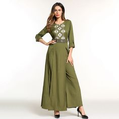Elegant Embroidery Muslim Abaya Jumpsuit Full Dress Skirt Kimono Long Robe  Gowns Jubah Middle East Arab Islamic Prayer Clothing d9919e2d1d09