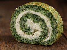 Spinach and Cheese roll Vegetarian Recipes, Cooking Recipes, Healthy Recipes, Frittata, Party Sandwiches, Romanian Food, Yummy Food, Tasty, Food Concept