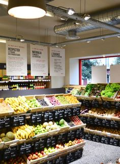 Fruit And Veg Shop, Fruit And Vegetable Storage, Vegetable Shop, Vegetable Stand, Bulk Store, Grocery Store, Concept Restaurant, Organic Food Market, Boutique Bio