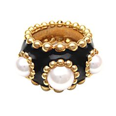 1981 Chanel 24kt gold pearl Ring