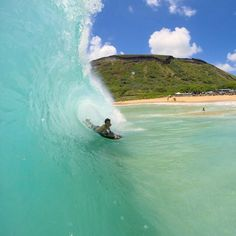 #swell #surf #tube