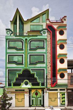 """Freddy Mamani Silvestre's """"spaceship architecture"""" in El Alto, Bolivia…"""