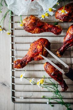 pecene kuracie stehna Tandoori Chicken, Poultry, Bbq, Ethnic Recipes, Food, Barbecue, Backyard Chickens, Barbacoa, Meal