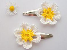 Crochet Flower Hairclips Daisy White Yellow Nature by imynda, £5.00