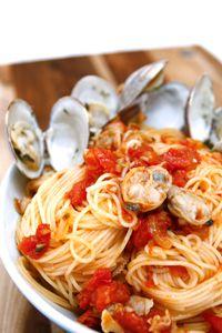 A seafood pasta recipe using our Capellini, or Clam Sauce, Spicy Meatballs, Capellini, Seafood Pasta Recipes, Clams, Recipe Using, Sauce Recipes, Pasta Dishes, Italian Recipes
