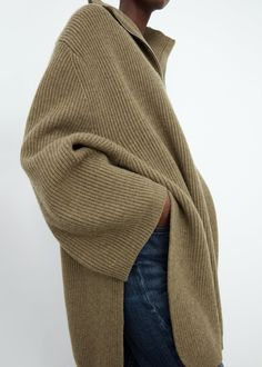 Womens Fashion Casual Summer, Comme Des Garcons, Sweater Fashion, Minimalist Fashion, Autumn Fashion, Casual Outfits, Girl Outfits, Cashmere, Knitting