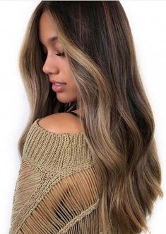 See here the modern looking perfect balayage hair colors and highlights to flaun. - See here the modern looking perfect balayage hair colors and highlights to flaunt in You have - Brown Hair Balayage, Hair Color Balayage, Hair Highlights, Balayage Highlights Brunette, Face Frame Highlights, Front Highlights, Ashy Blonde, Beige Blonde, Blonde Pixie