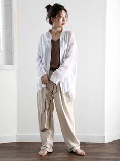 classicalelfnatsuno06さんのシャツ/ブラウス「シースルー 無地ミドル丈オーバーサイズシャツ(長袖)」(classicalelf クラシカルエルフ)を使ったコーディネートです。