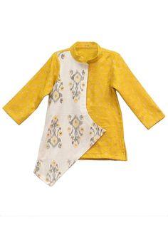 One side jacket style kurta – Stylemylo Ethnic Wear For Boys, Kids Indian Wear, Designer Kids Wear, Ethnic Wear Designer, Baby Boy Fashion, Kids Fashion, Boys Party Wear, Kids Kurta, First Birthday Dresses