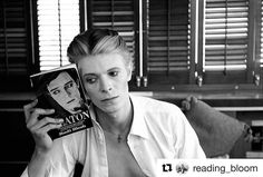 #Repost @reading_bloom (@get_repost)  Celebrated #photographer #SteveSchapiro took this #photo of #DavidBowie in #NewMexico in 1975. On a #BBC article he stated:I photographed #BusterKeaton in 1964 so he was an older man at that point. #SamuelBeckett rarely came to #America but he came to do this movie called #FILM starring #Keaton. They were in two different worlds  two totally different people. [...] When I had my first conversation with David [#Bowie] on the #set when I happened to…