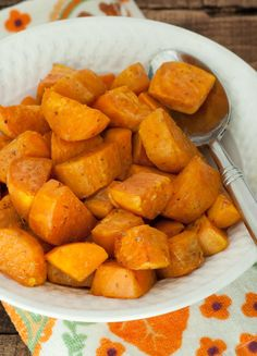Baked Sweet Potato Chunks with Oregano | Serves 4-6