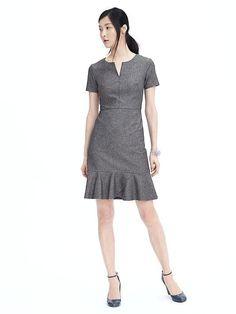 """Banana Republic """"Flounce Bottom Dress"""" - professional grey dress - work clothes - work heals"""