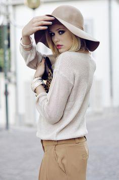 Only Glamour: Photo Fashion Moda, Love Fashion, Fashion Beauty, Winter Fashion, Womens Fashion, Future Fashion, Modest Fashion, Fashion News, Looks Style