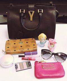 WHAT'S IN MY BAG #whatsinmybag