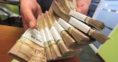 ¡EL COLAPSO ES TOTAL!  Bancos no reciben billetes desde hace una semana por escasez de papel moneda