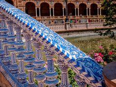 La Plaza de España di Siviglia | Tutt'Art@ | Pittura * Scultura * Poesia * Musica |