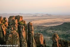 Welcome to the fourth-oldest town in South Africa - Graaff-Reinet. Old Buildings, Old Town, Monument Valley, South Africa, Grand Canyon, National Parks, Around The Worlds, Sunset, History