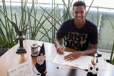 O Corinthians anunciou seu primeiro reforço para a próxima temporada. Trata-se de um velho conhec...