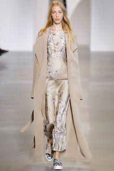 Calvin Klein Collection Spring 2016 Ready-to-Wear Fashion Show