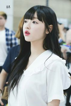 Cute Korean Girl, Asian Girl, Kpop Girl Groups, Kpop Girls, K Pop, Oh My Girl Yooa, Girls Channel, Punch In The Face, Girls Twitter