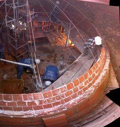 Cupula de 3 capas de ladrillos: Reconstrucción en albañilería de la Cúpula de la Iglesia Parroquial de Valverde de Los Arroyos / Julio Jesús Palomino
